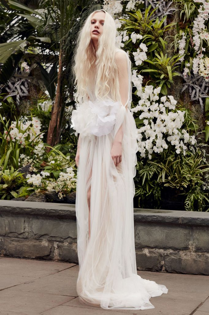SUBLIME VERA WANG SPRING 2020 BRIDAL COLLECTION TO DISCOVER
