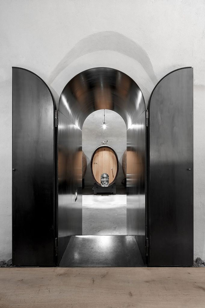 GROW OUT, A NEW WINE CELLAR DESIGNED BY BERGMEINSTERWOLF ARCHITECTS