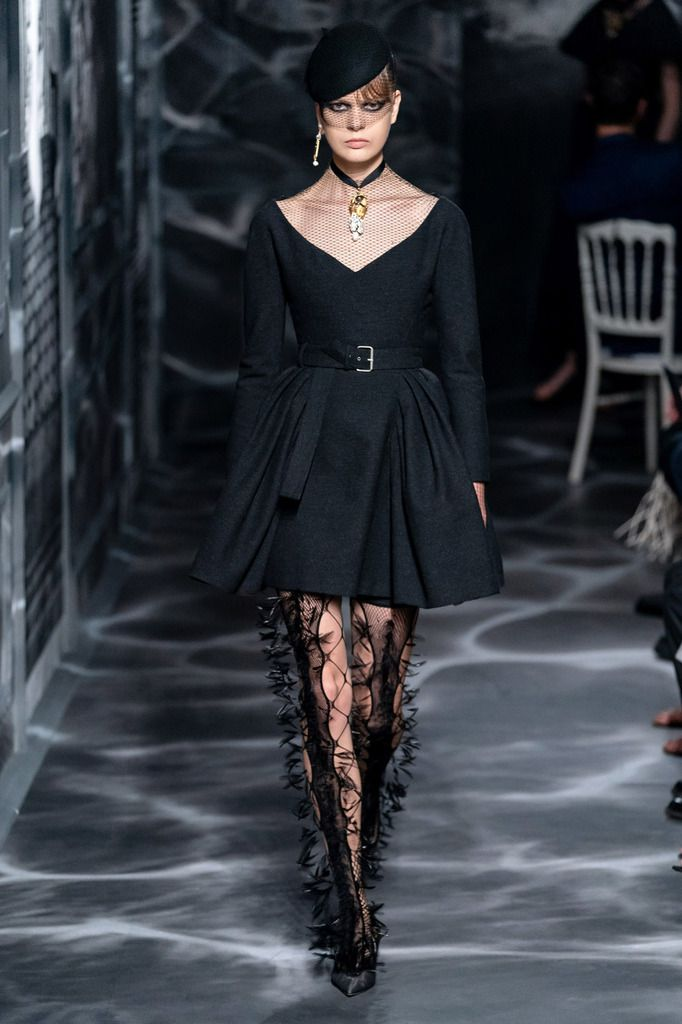 CHRISTIAN DIOR FALL 2019 COUTURE COLLECTION, PFW