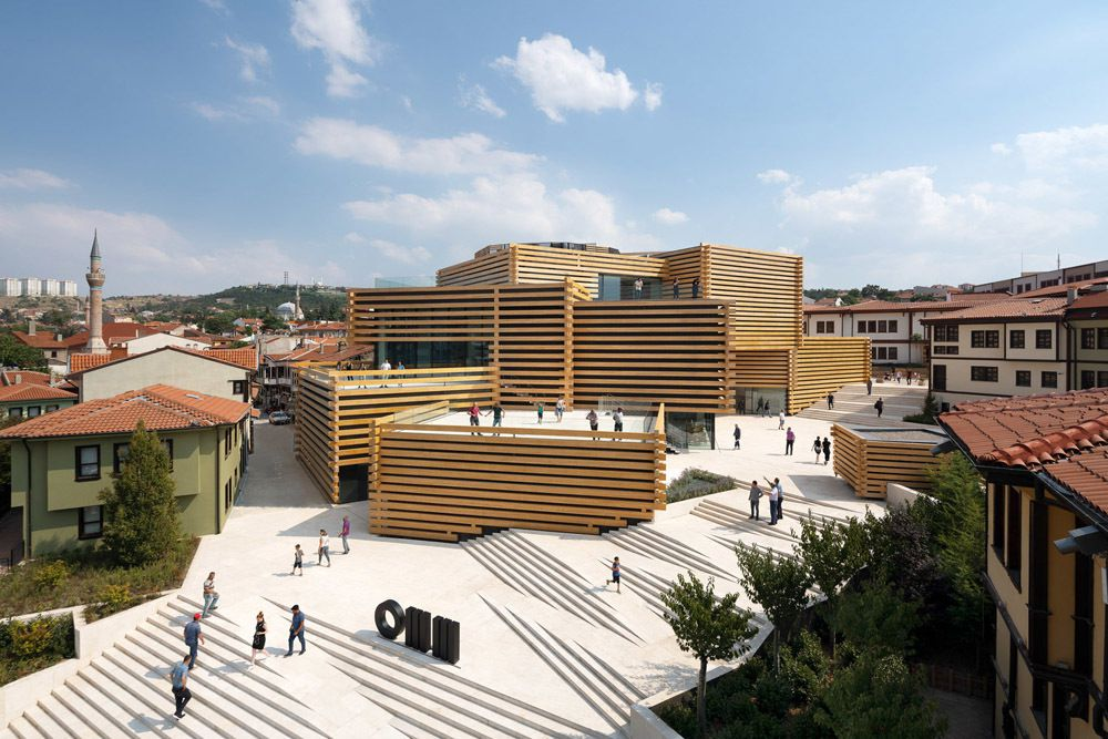 ODUNPAZARI MODERN MUSEUM DESIGNED BY KENGO KUMA AND ASSOCIATES. DISCOVER THIS WONDERFUL WOOD MUSEUM IN TURKEY.