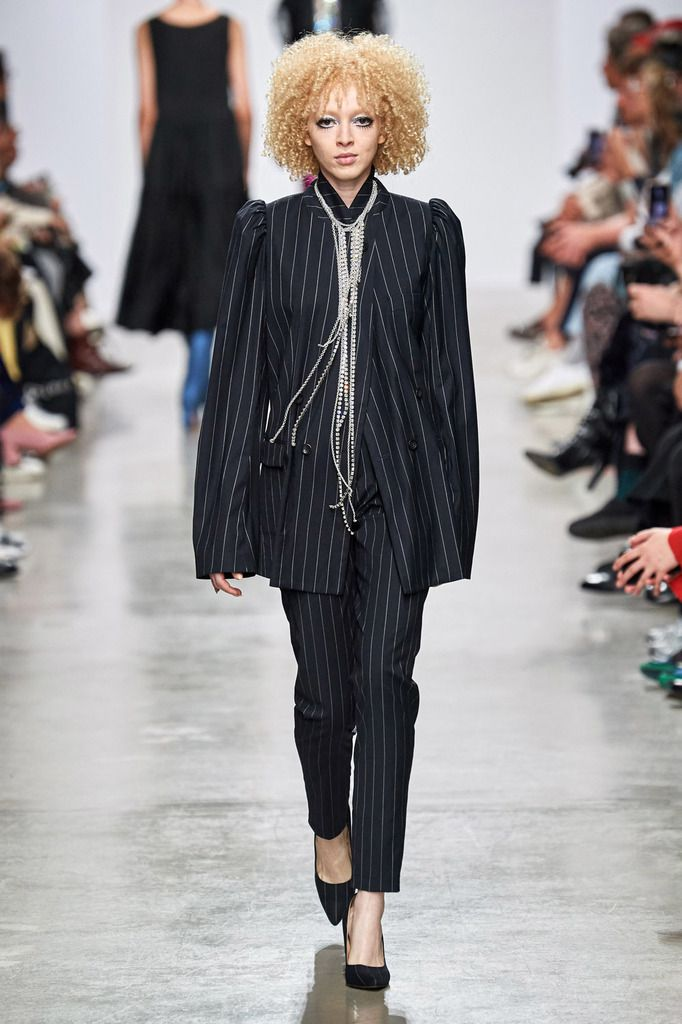 LUTZ HUELLE SPRING/SUMMER 2020 RAW COLLECTION AT PARIS FASHION WEEK