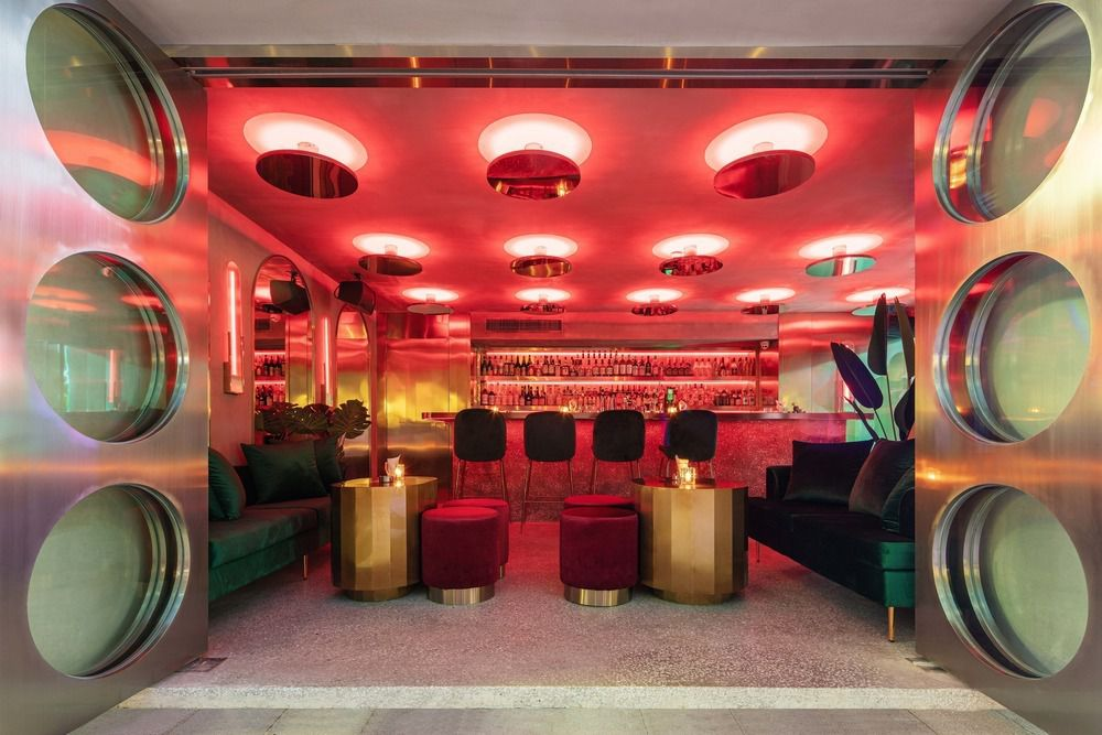 MOLLY CLUB : A STYLED BAR DESIGNED BY  JIANHE ARCHITECTURAL DESIGN IN WUHAN COMMERCIAL STREET