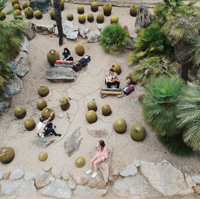 RISING ELECTRONICA DUO BELAU HAD LIVE SESSION IN BARCELONA'S BOTANIC GARDEN, LISTEN