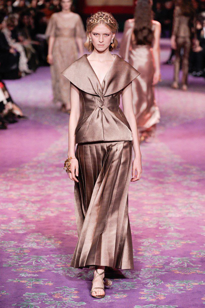 CHRISTIAN DIOR SPRING 2020 COUTURE COLLECTION PFW