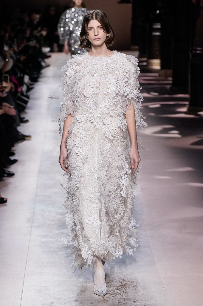 GIVENCHY SPRING 2020 COUTURE COLLECTION PFW