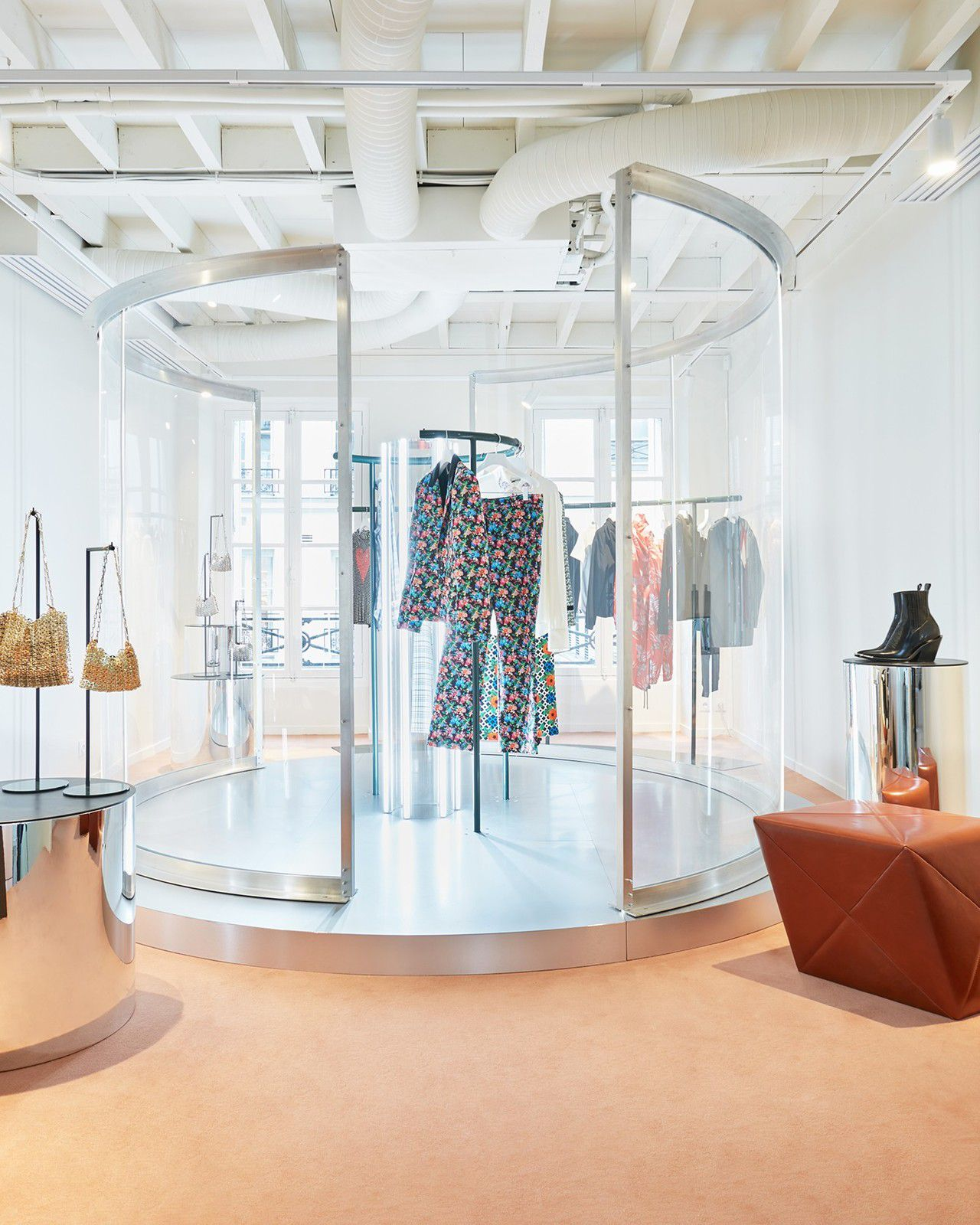 RETAIL MEETS DIGITAL AT PACO RABANNE NEW STORE IN PARIS, 54 RUE DU FAUBOURD ST HONORE