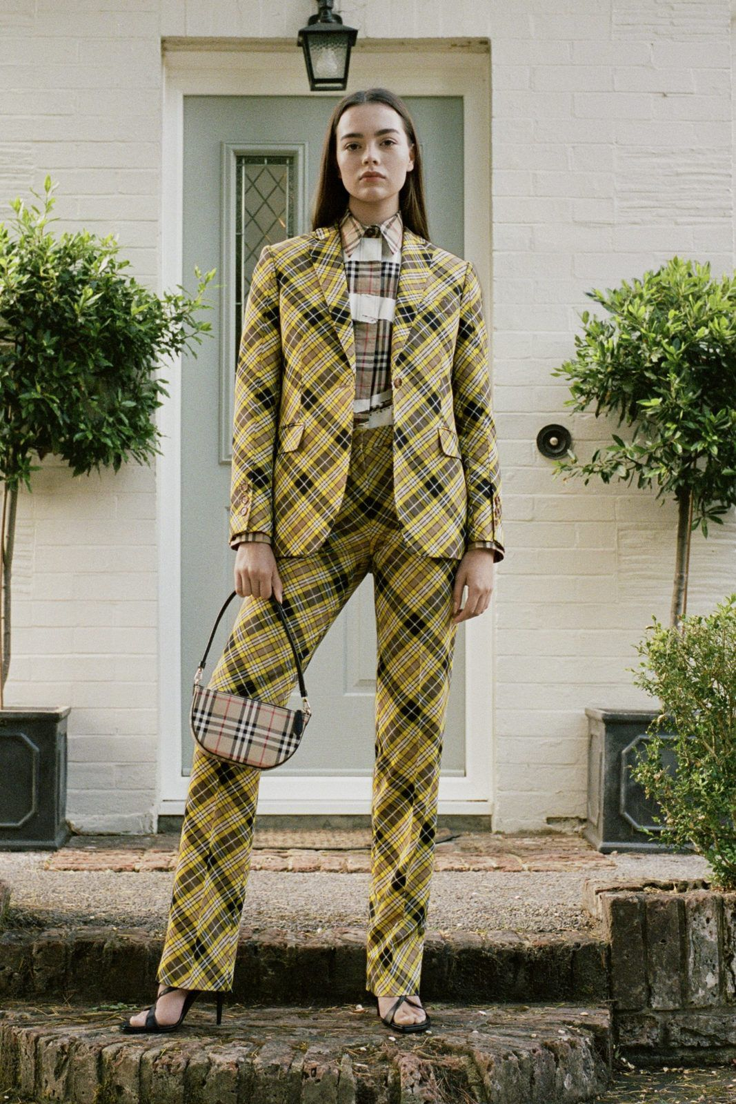 BURBERRY RESORT 2021 COLLECTION