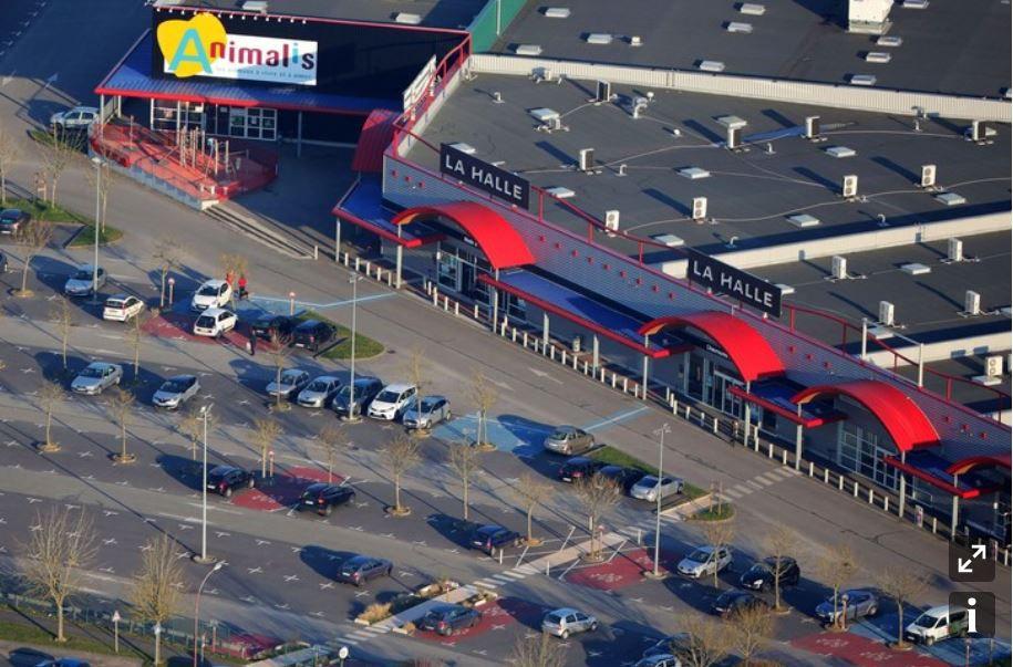 Dans les médias (187) : La Croix : Coup de frein sur les zones commerciales