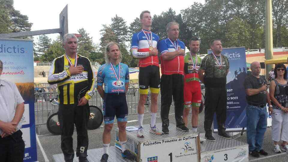 Le podium  (photo Paul Bricaud)