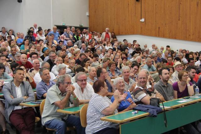 À Angers, le PCF organise la «riposte»