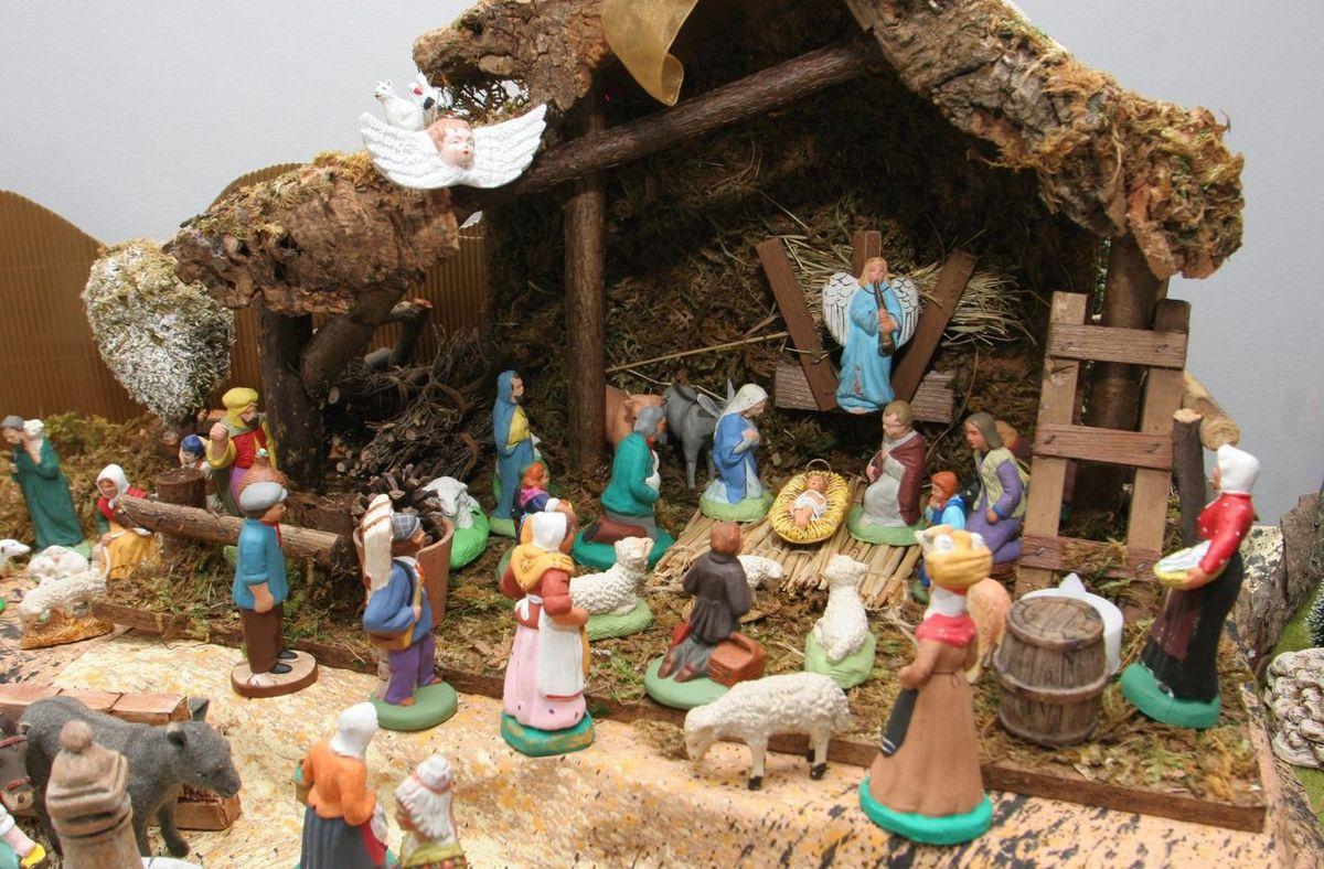 Hénin-Beaumont : la crèche de Noël à la mairie FN jugée illégale en appel