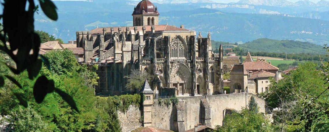 Abbatiale de Saint-Antoine-l'Abbaye. Diocèse de Grenoble-Vienne