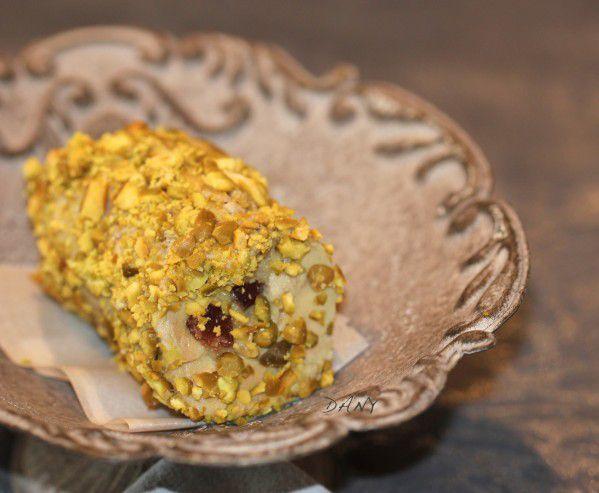 Le nougat de foie gras,  http://www.epicetoutlacuisinededany.fr/article-nougat-de-foie-gras-113547357.html