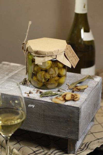 PICKLES DE CHAMPIGNONS DE PARIS