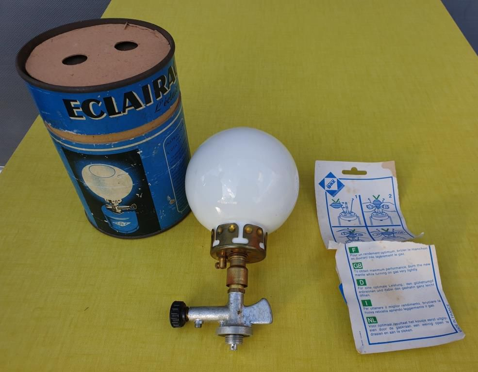 LAMPE COLLECTION ECLAIRAGE CAMPING VINTAGE - 20 euros