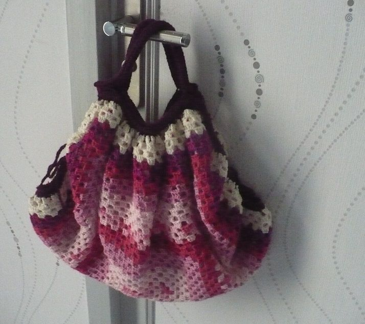 Sac  boule rose : finitions
