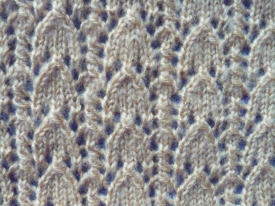 Echarpe tricot point  dentelle