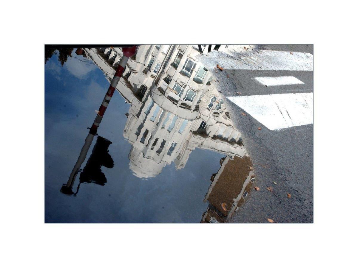 Reflet Etoile (Rond-Point de l'Etoile), Ixelles, Georges Strens ©, avec autorisation