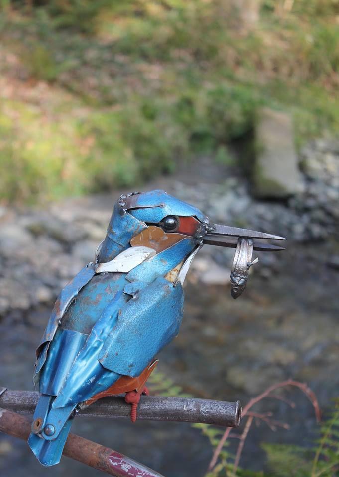 Les artistes récupérateurs : l'univers de J.K. Brown qui assemble des morceaux de métal pour donner vie à des animaux.