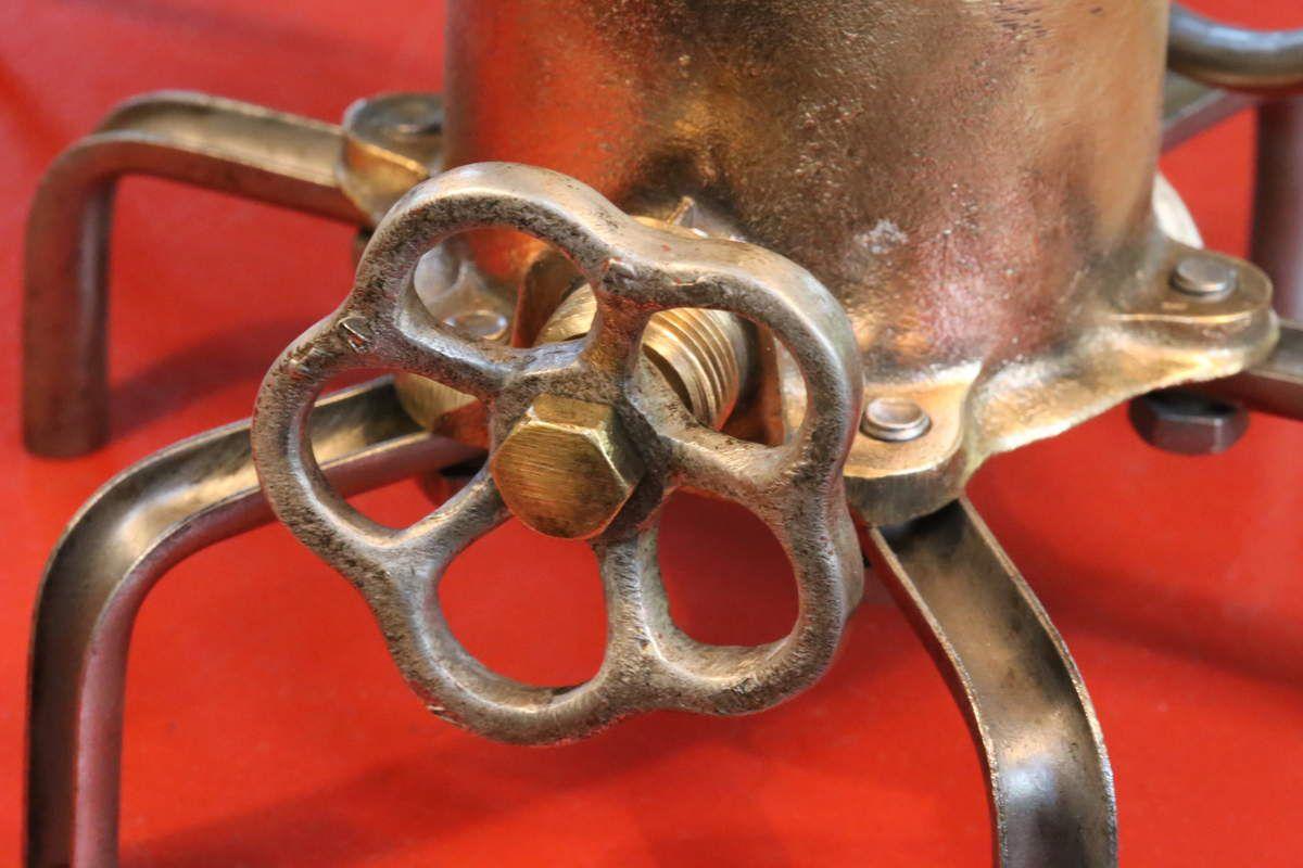 Création lampe récup compteur à gaz en laiton vintage, lampe tube radio TSF, esprit Steampunk et industriel