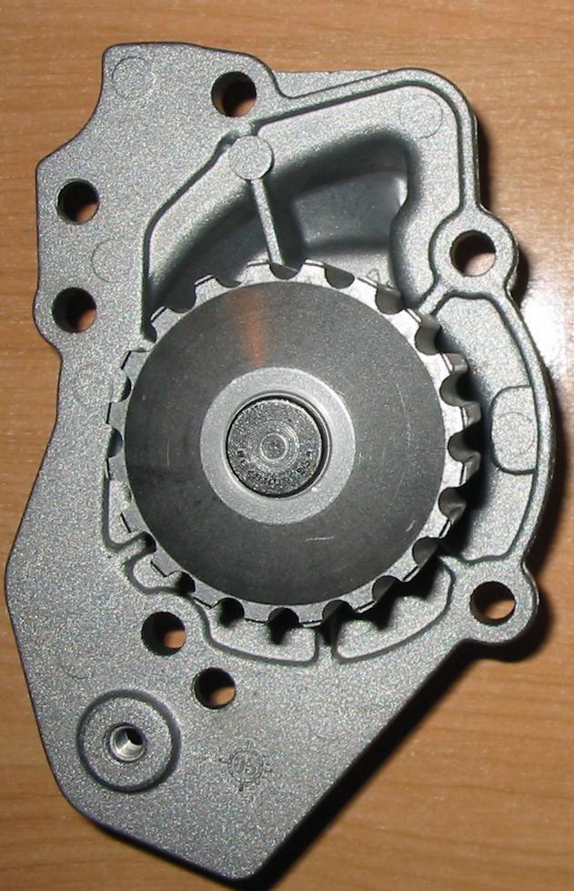 Pompe à eau moteur XU 205 GTi 113dents