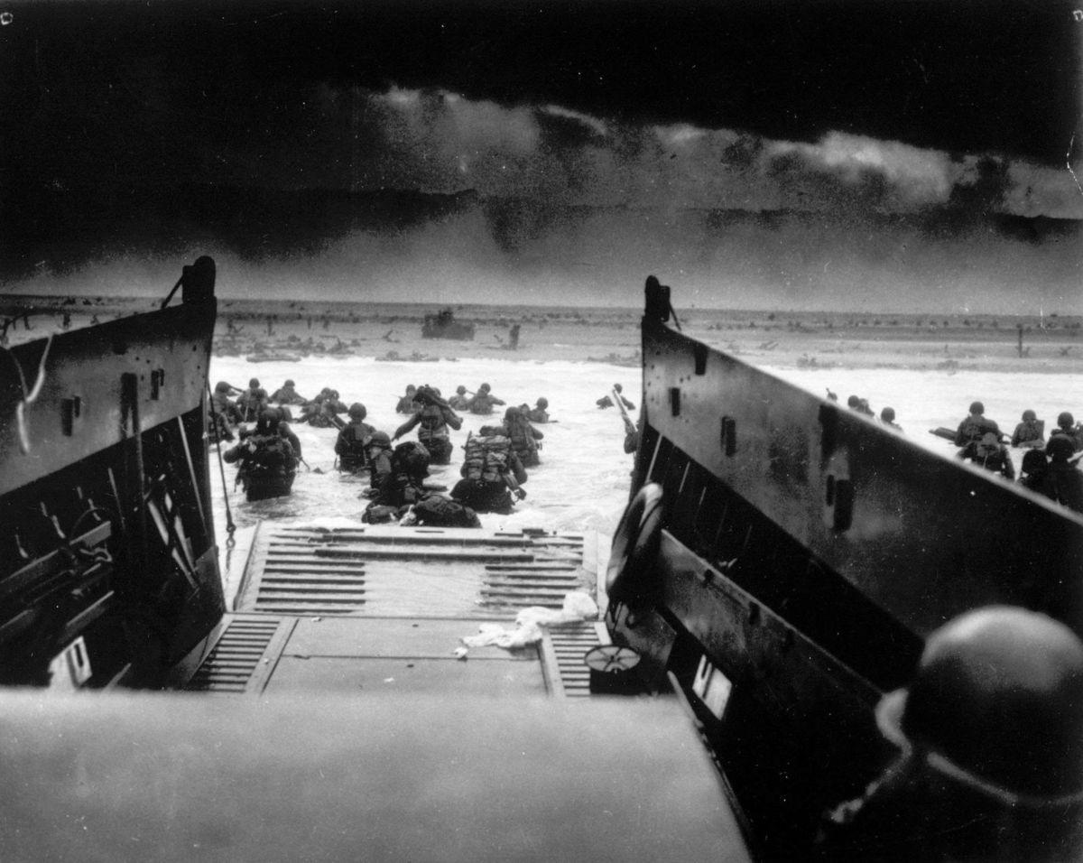 Le 6 juin 1944, c'est le Jour J:le débarquement en Normandie.