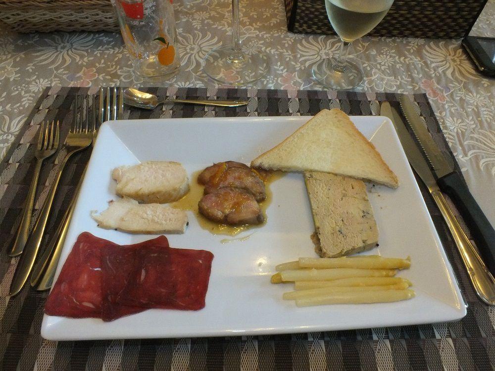 8 juillet 2017: Udonthani : Repas d'anniversaire de Jean-Pierre