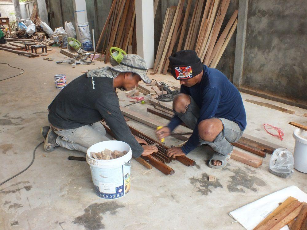 Udonthani : Les fabricants de métier à tisser de Ban Na Ka