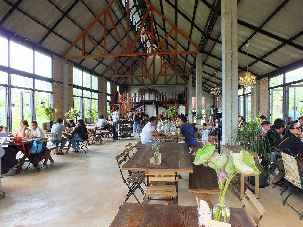 Udonthani: Le « BARN NAA CAFÉ »