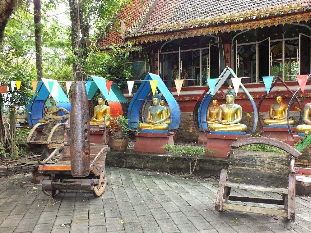 Sortie du 2 juin 2019: Udonthani, le temple aux monnaies de Baan Na Ka
