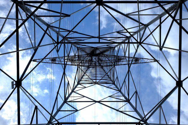 Un précis scientifique magistral et accessible sur les ondes électromagnétiques