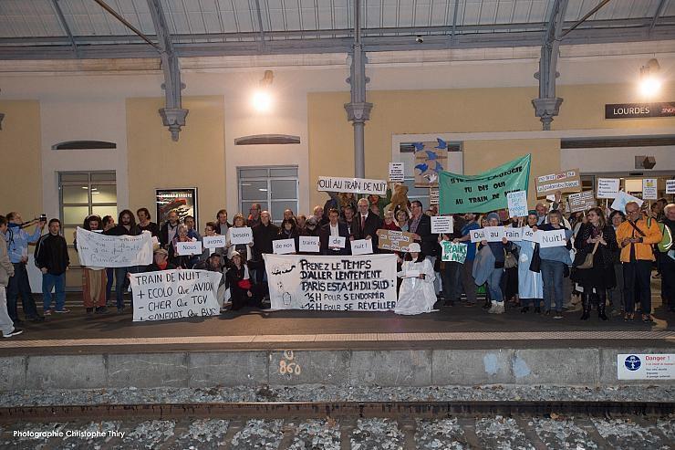 Photos : Action à la gare de Lourdes le 17 mars 2017 / © Christophe Thiry