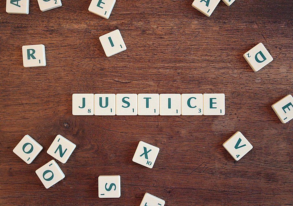 Vers une justice pénale environnementale spécialisée