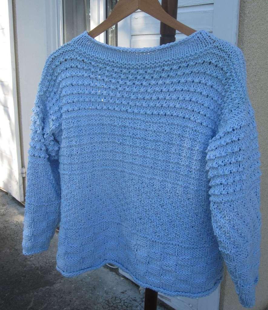 Le pull bleu... et oui, encore !