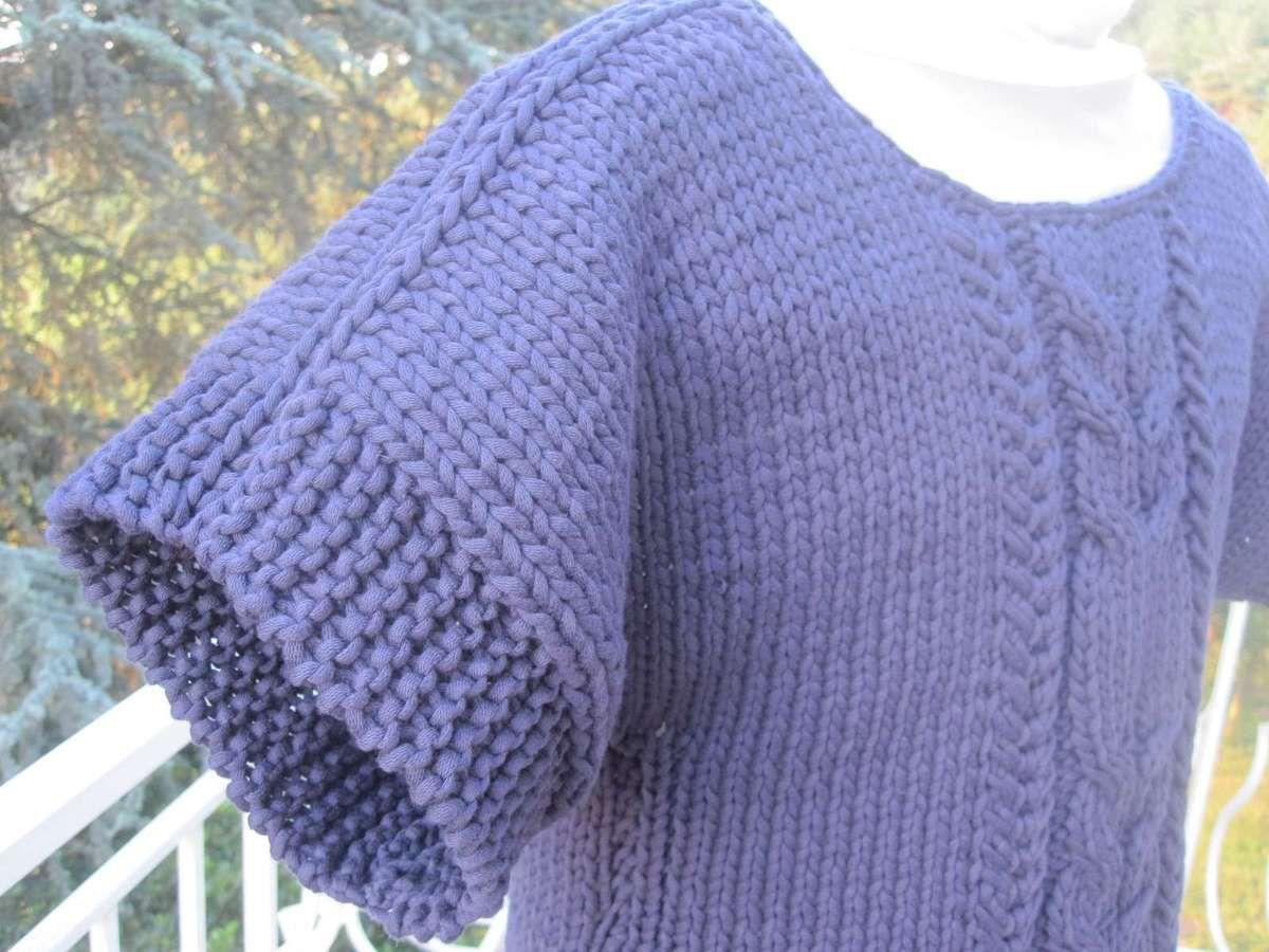Le pull marine en gros coton (bis)