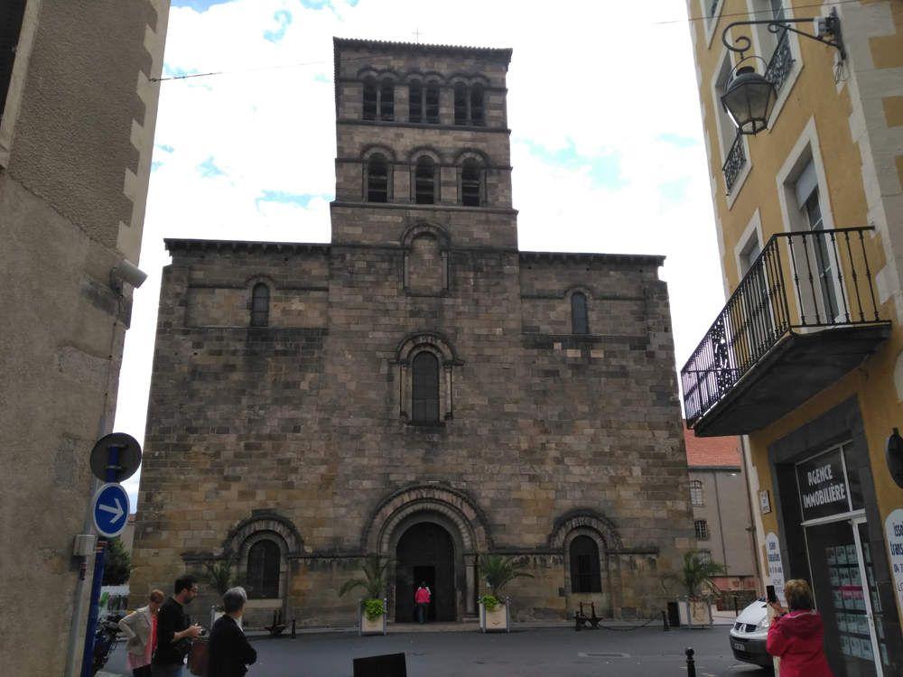 Abbatiale Saint-Austremoine à Issoire en Auvergne