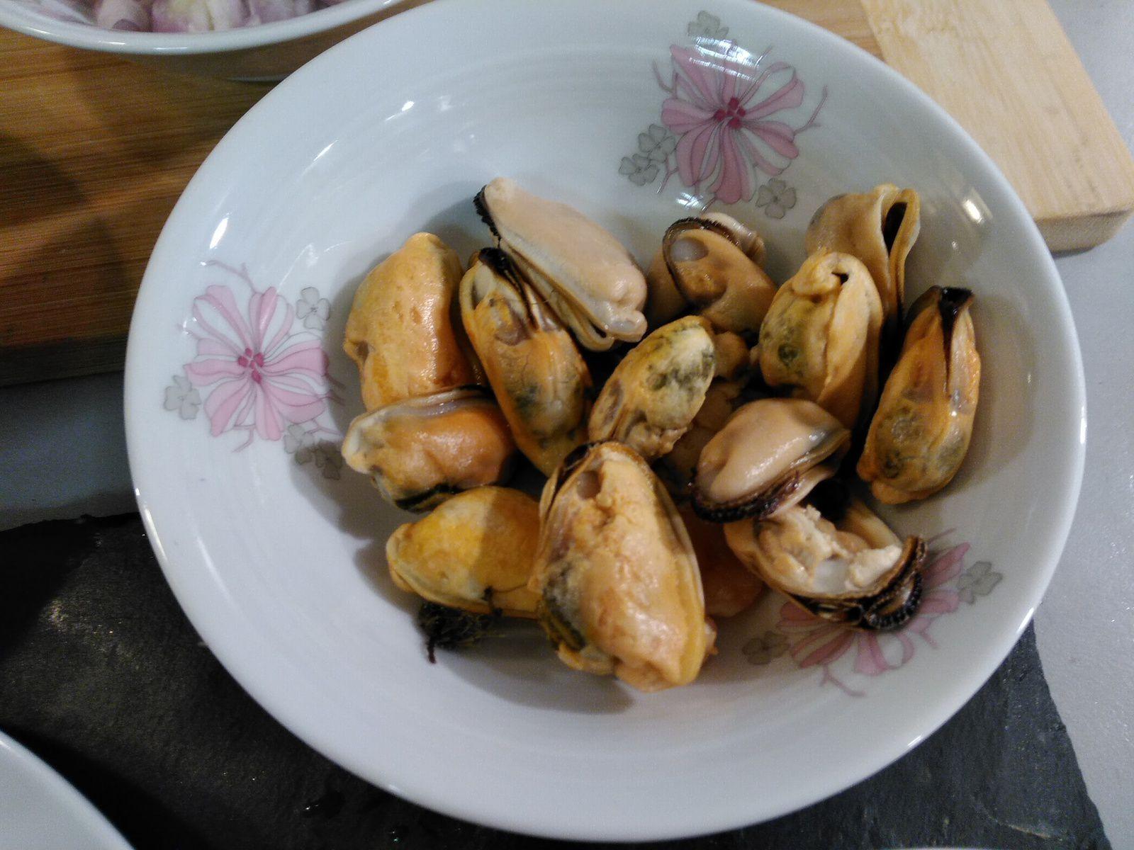 Bouchées à la reine Saint-Jacques et fruits de mer