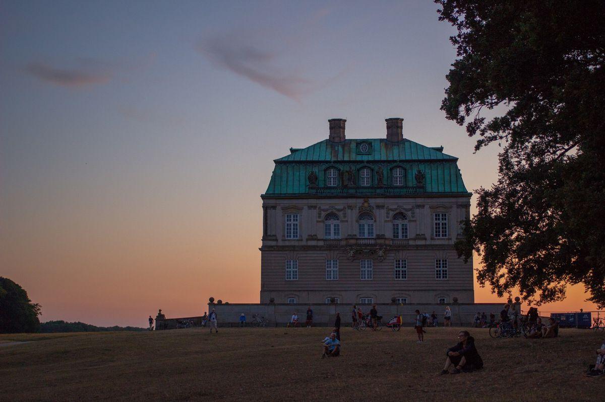 Du monde s'était donné rendez-vous autour de l'Ermitage pour observer l'éclipse de lune