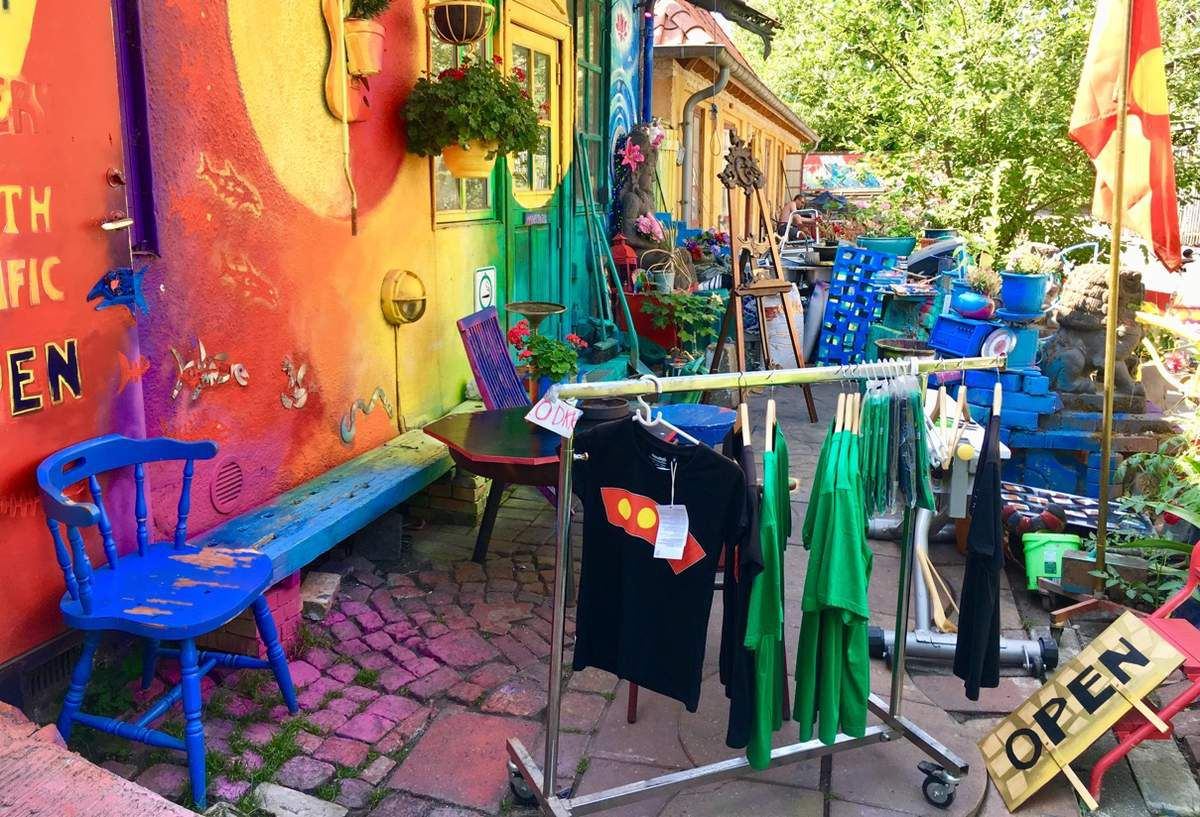 Boutique colorée dans Christiania
