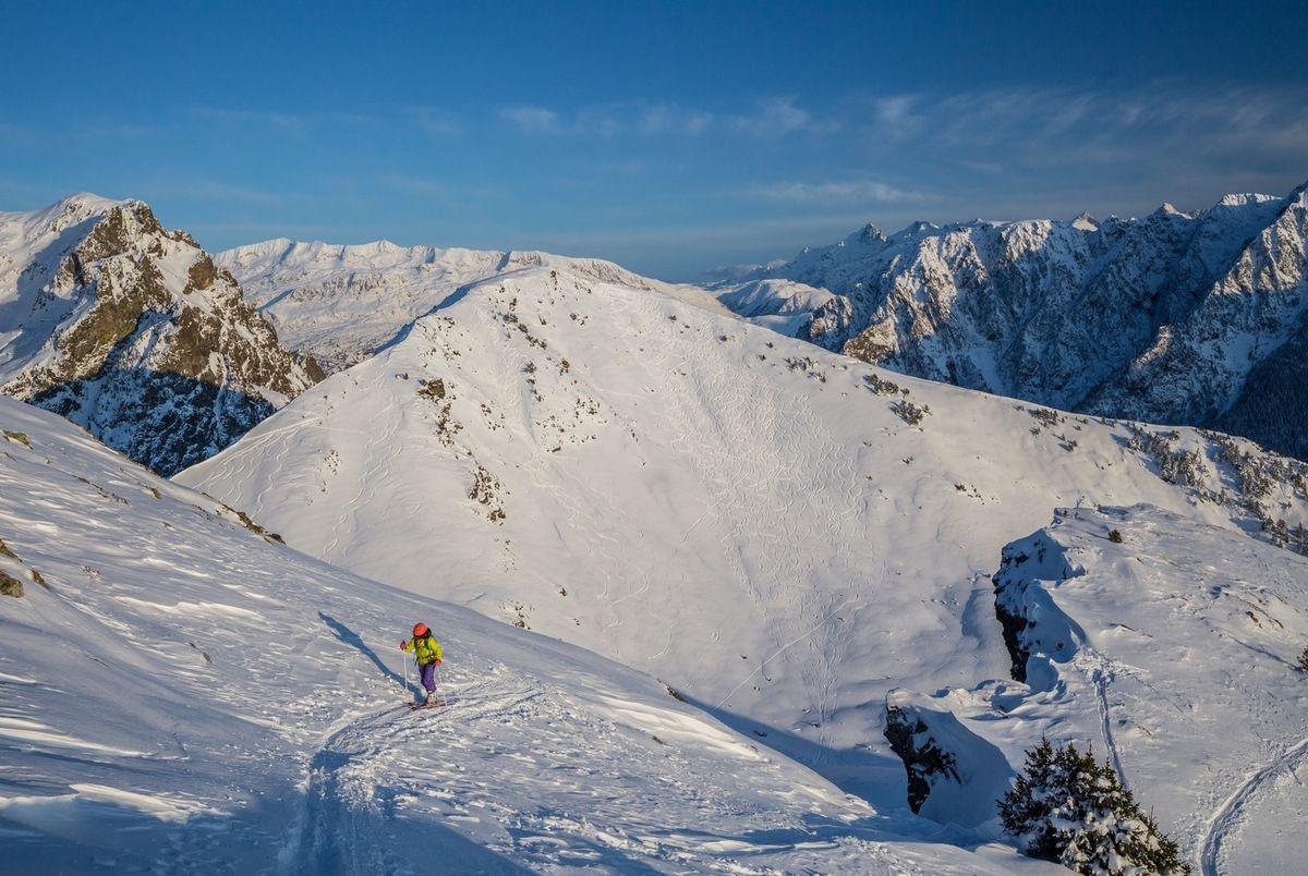 Après le col, on tire plein nord jusqu'au sommet.