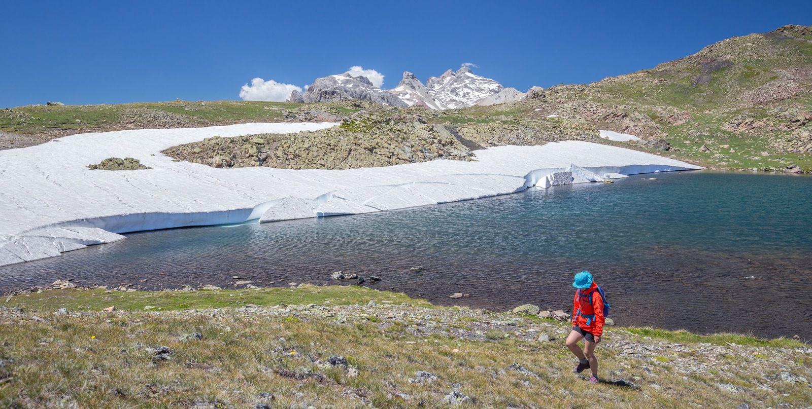 Lac de la Mine et descente par le Chardonnet et le Queyrellin