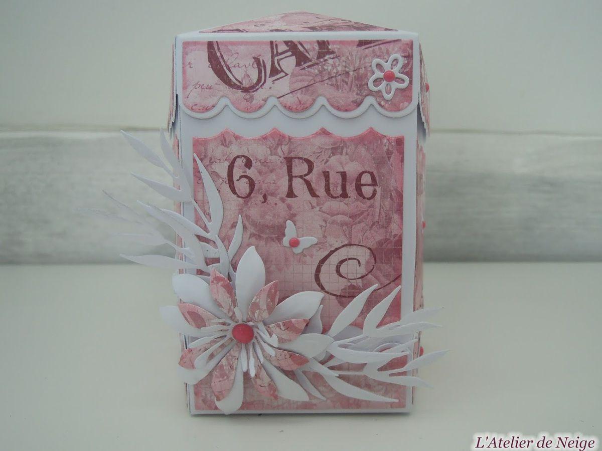 352 - Boîte à Chocolats Rose et Blanche