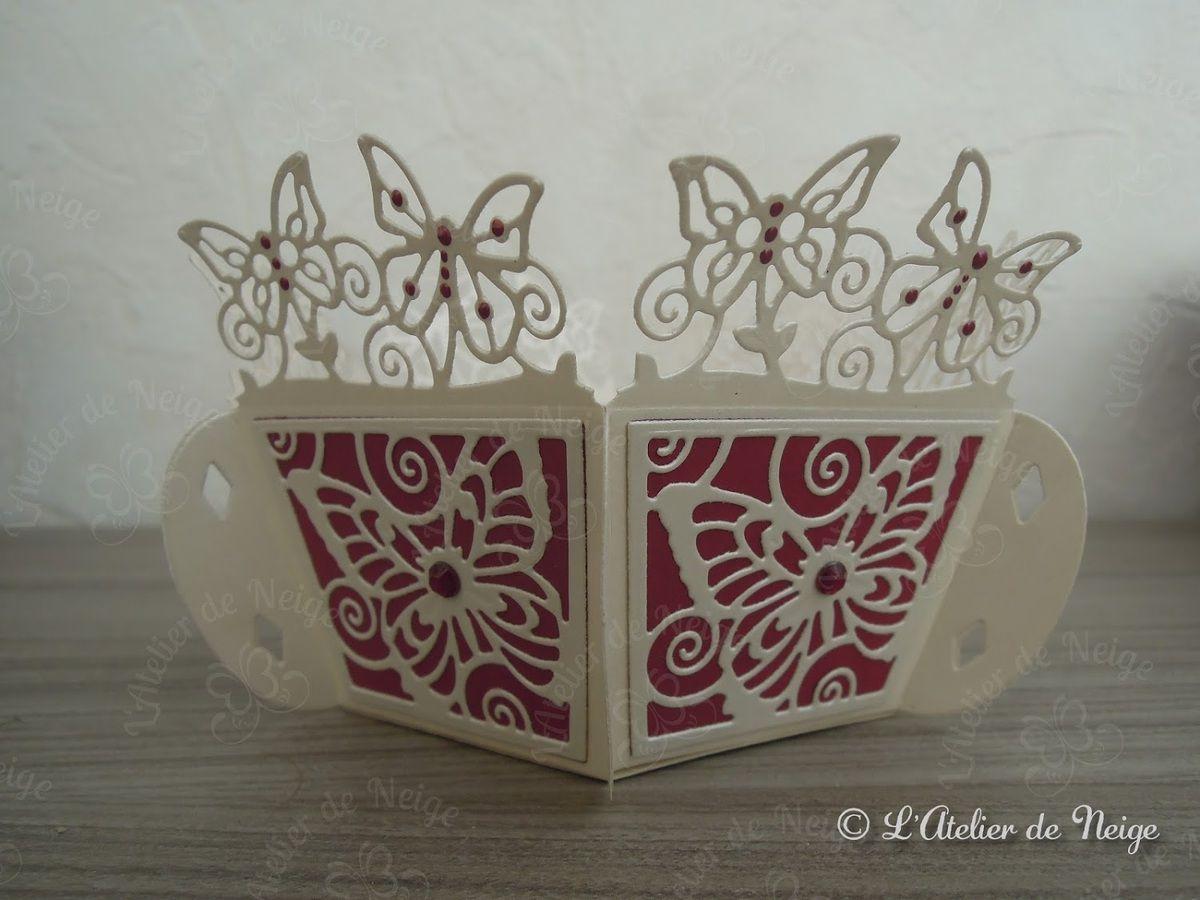 285 - Panière décorative Papillons