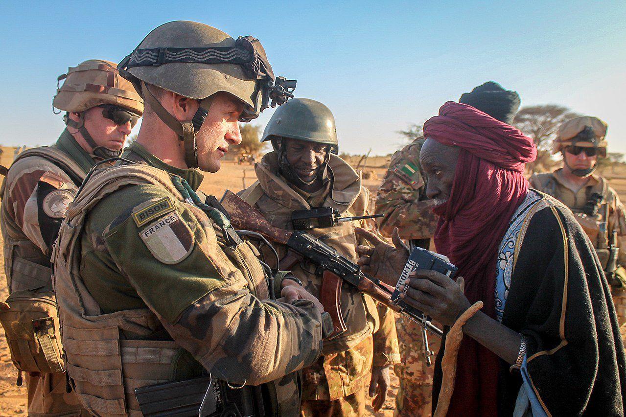 Barkhane -Mali : La guerre des généraux , le VERBATIM de l'audition devant le Sénat du général Didier CASTRES