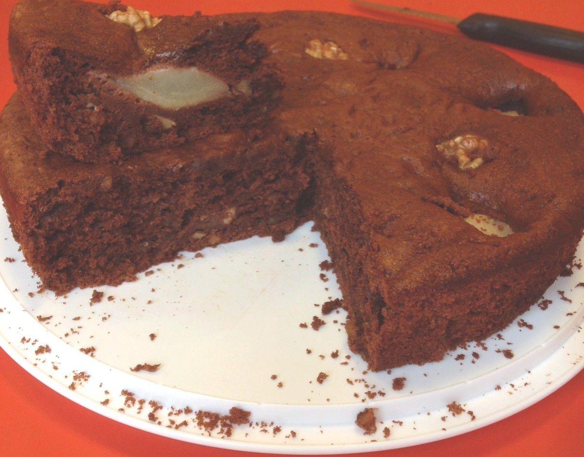 Gâteau poires-chocolat et noix