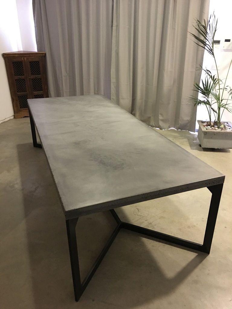 mobilier table béton léger lège.