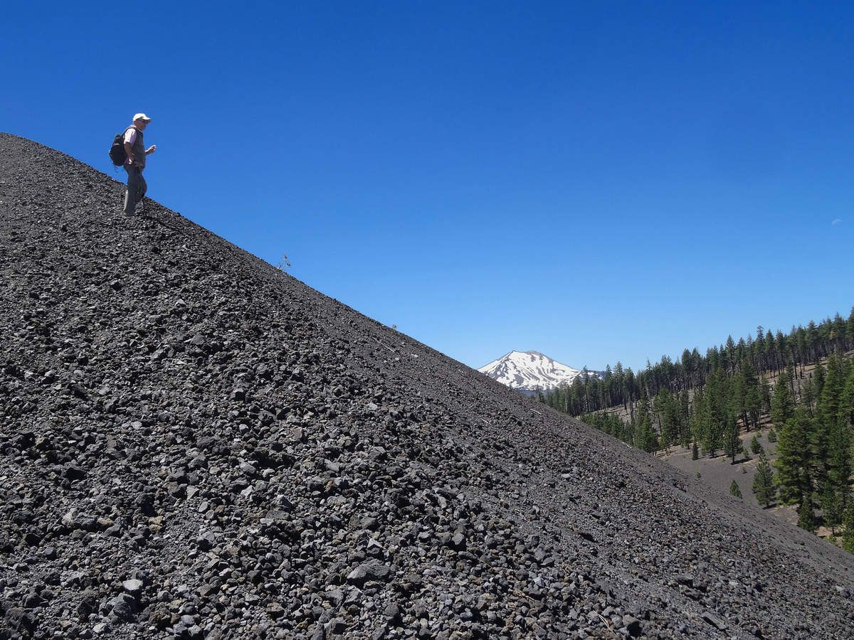 Lassen Volcanic Cinder Cone trail