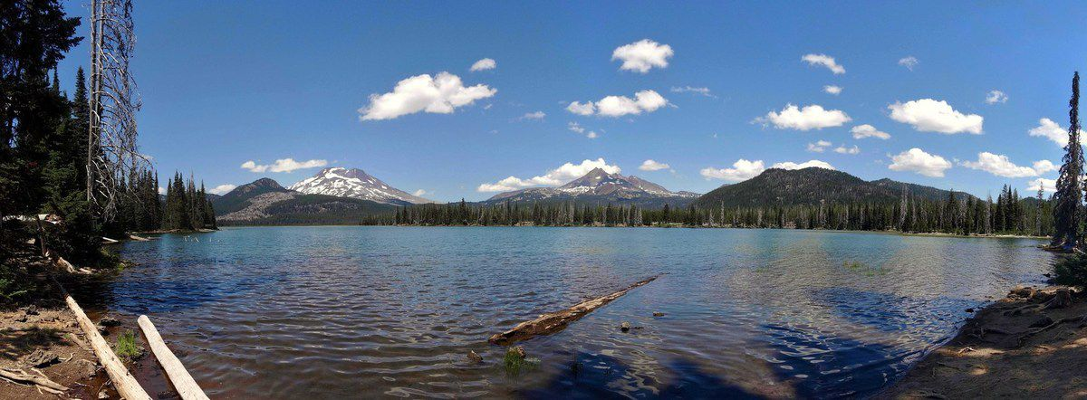 Sparks Lake avec South Sister et Broken Top