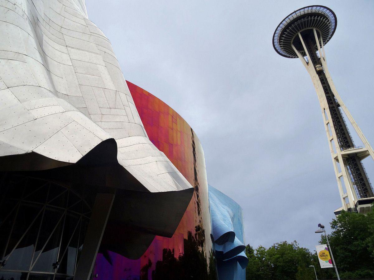 Seattle Museum of Pop et Space Needle