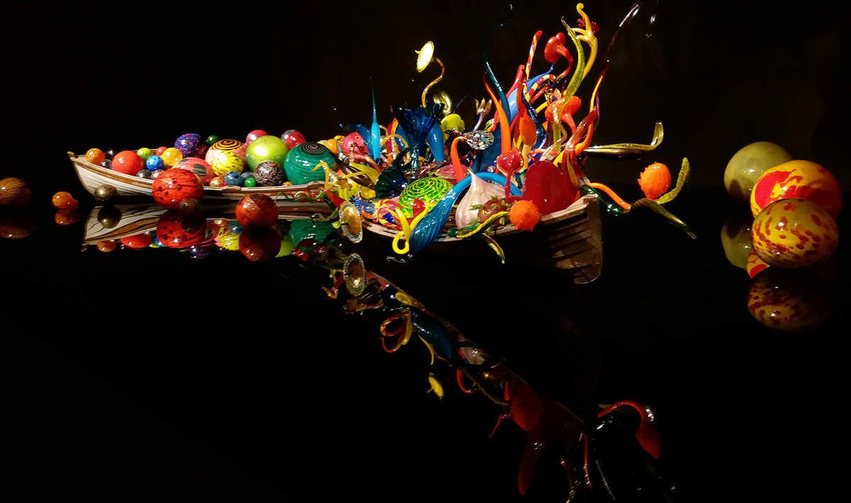 Seattle Chihuly Garden and Glass : Ikebana boats